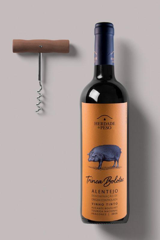 Wine-Bottle-Mockup-533x800 Herdade do Peso
